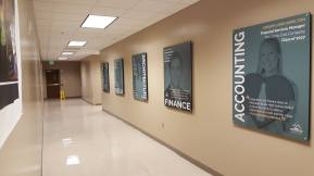 Sign_Accountingstandoff